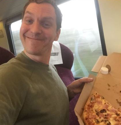 pizzatrain One Man Changes Everything, Gets Pizza Delivered To His Train