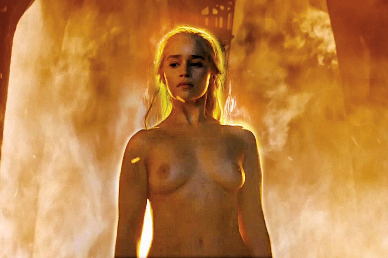 02 28222518 9a00aa 2896211a Emilia Clarke Reveals What It Took To Prepare For GoT Nude Scene