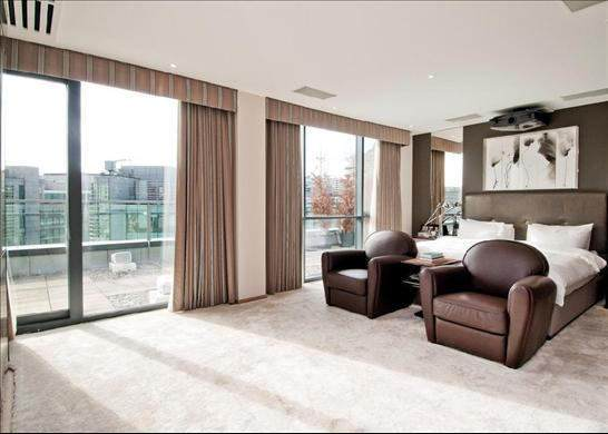 spare room 3 You Could Live In This £8m London Penthouse For Free