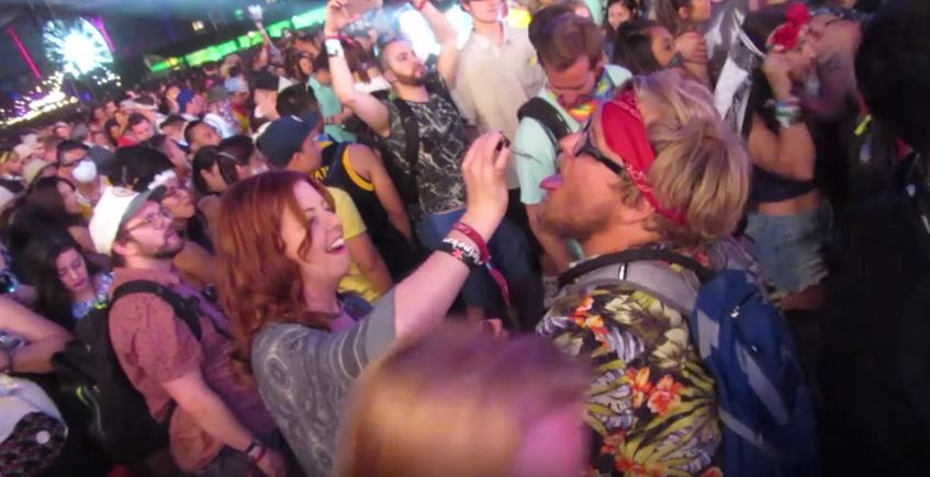 Woman Gives Fake Drugs To People At Coachella, Hilarity Ensues video2