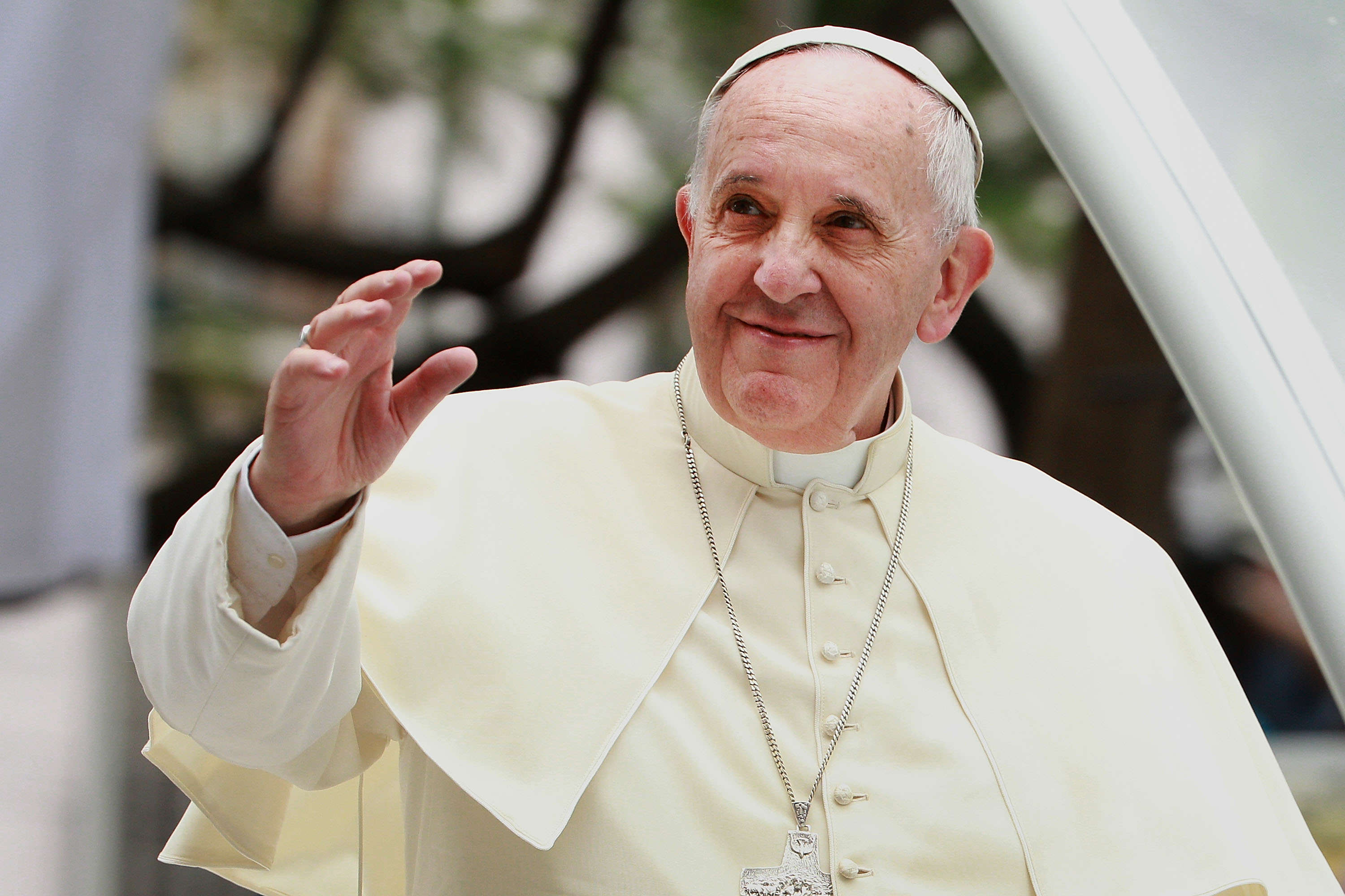 GettyImages 461608174 Pope Francis Says Christians And Catholics Should Apologise To Gay People