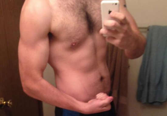 change1 Man Loses 100lbs In Less Than A Year, Heres How He Did It