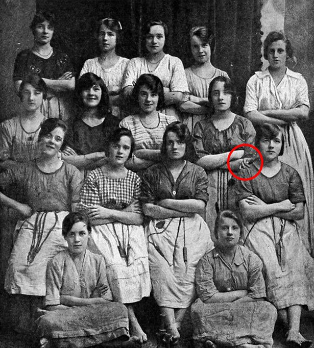Evil Ghost Claw In This Historic Photo Is Creepy As F*ck ghost2