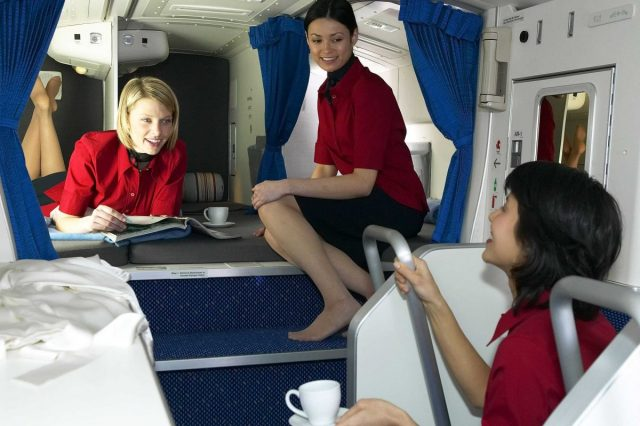 kbTyTFN 640x426 Revealed: The Secret Room On Airplanes Just For Flight Attendants