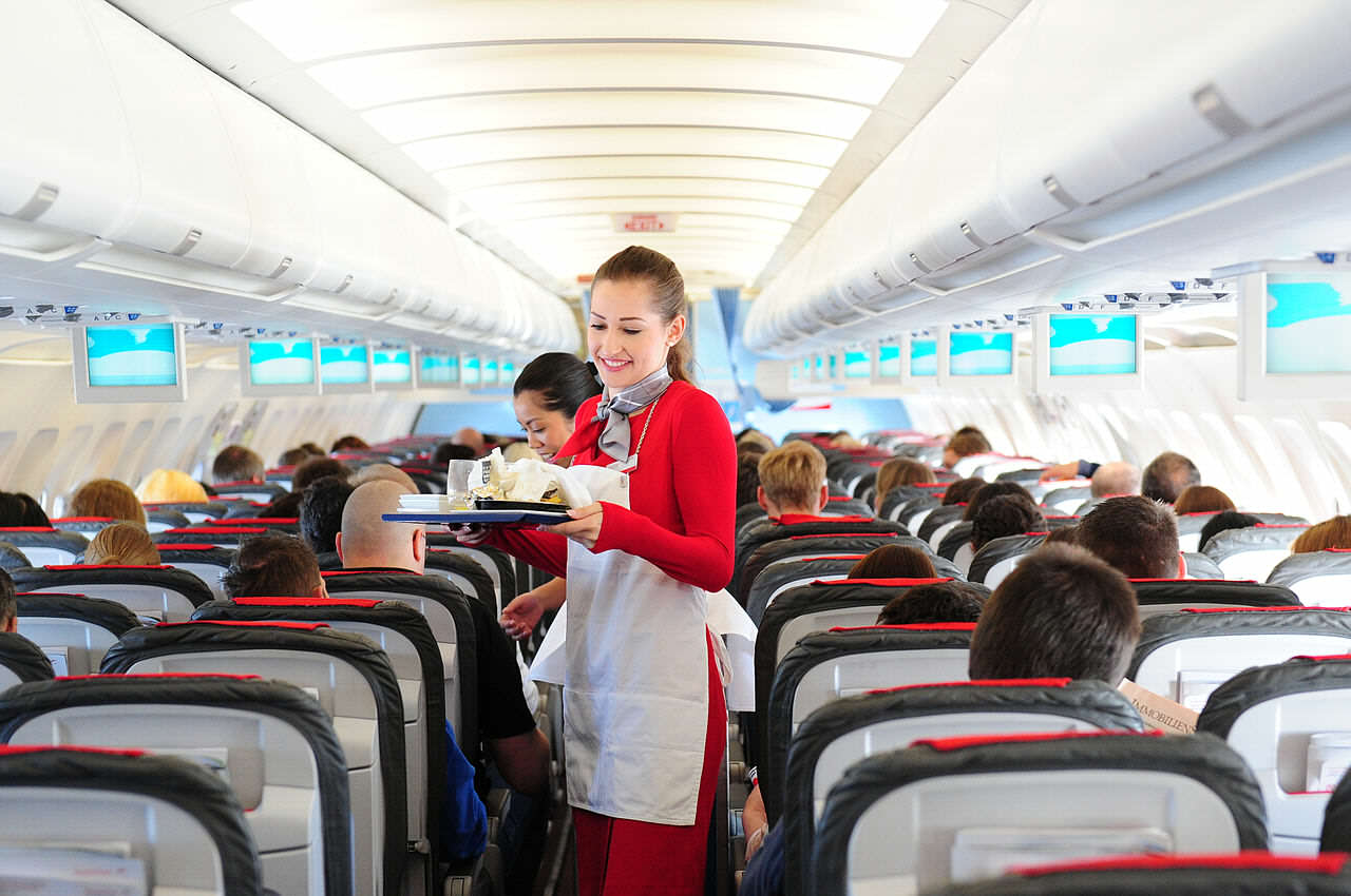 Cabin crew service 2 14356554172 This Is How To Fly First Class For Free On Your Next Flight