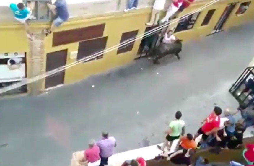 bull22 Mother Of Two Gored To Death During Bull Run