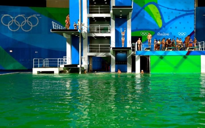 105295747 RIO DE JANEIRO BRAZIL   AUGUST 09  General view of the diving pool at Maria Lenk Aquat large transqVzuuqpFlyLIwiB6NTmJwfSVWeZ vEN7c6bHu2jJnT8 Organisers Finally Reveal Why The Olympic Swimming Pool Turned Green