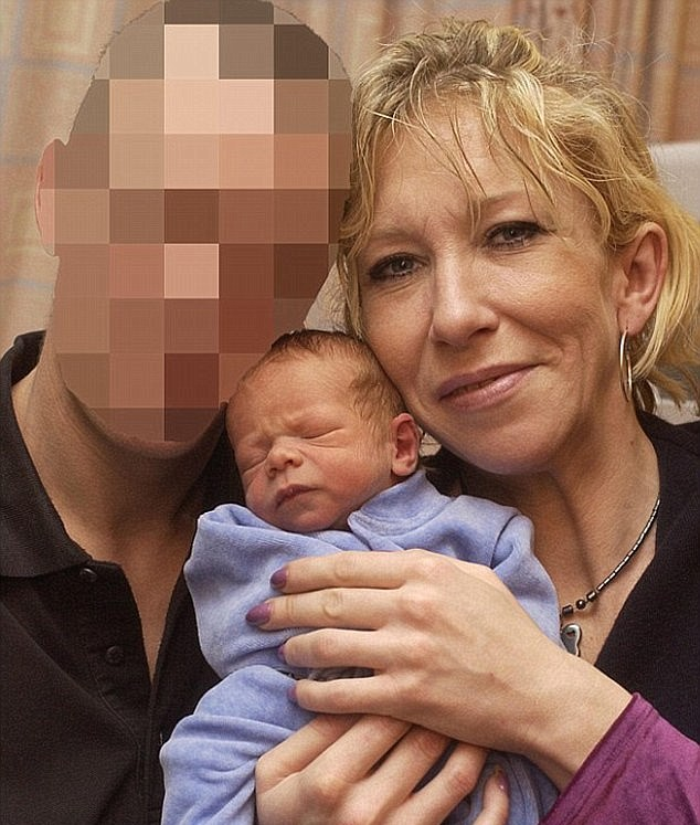 379F470A00000578 3761804 Jihadi bride Sally Jones pictured here in December 2004 fled the a 5 1472339898351 Fathers Horror After Spotting British Son Executing Prisoner In ISIS Video