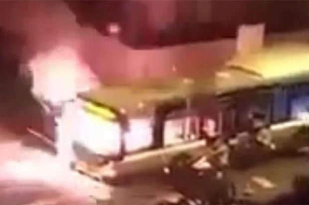 57a2123702f44 fire Terrifying Footage Shows Bus Getting Blown Up By Molotov Cocktail In Paris