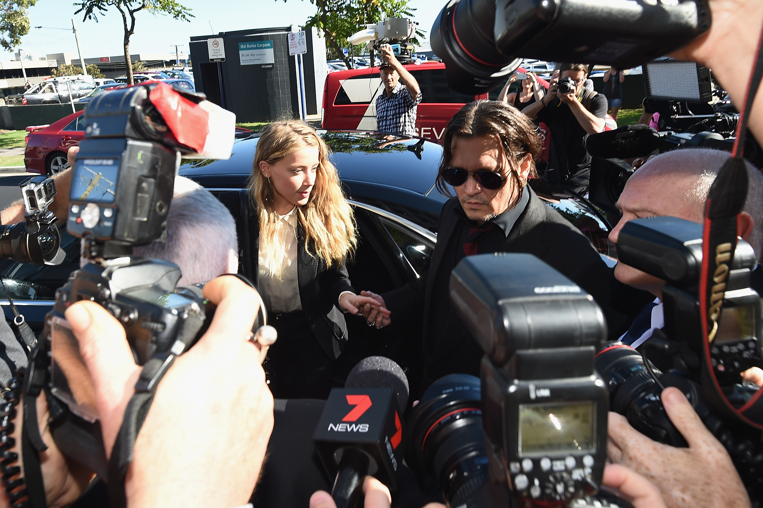 GettyImages 521956412 Amber Heard And Johnny Depp Make Huge Announcement In Divorce Case