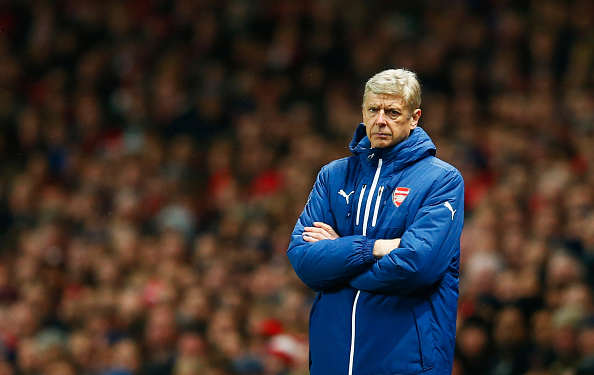 Latest Defensive Injury Sends Arsenal Fans Into Absolute Panic Wenger Getty Glum