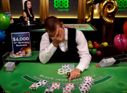 poker Guy Trolls Online Blackjack Dealers In Best Way Possible