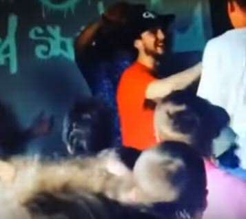 Battle Rapper Knocked Out By Crowd Member After Mum Joke rapp