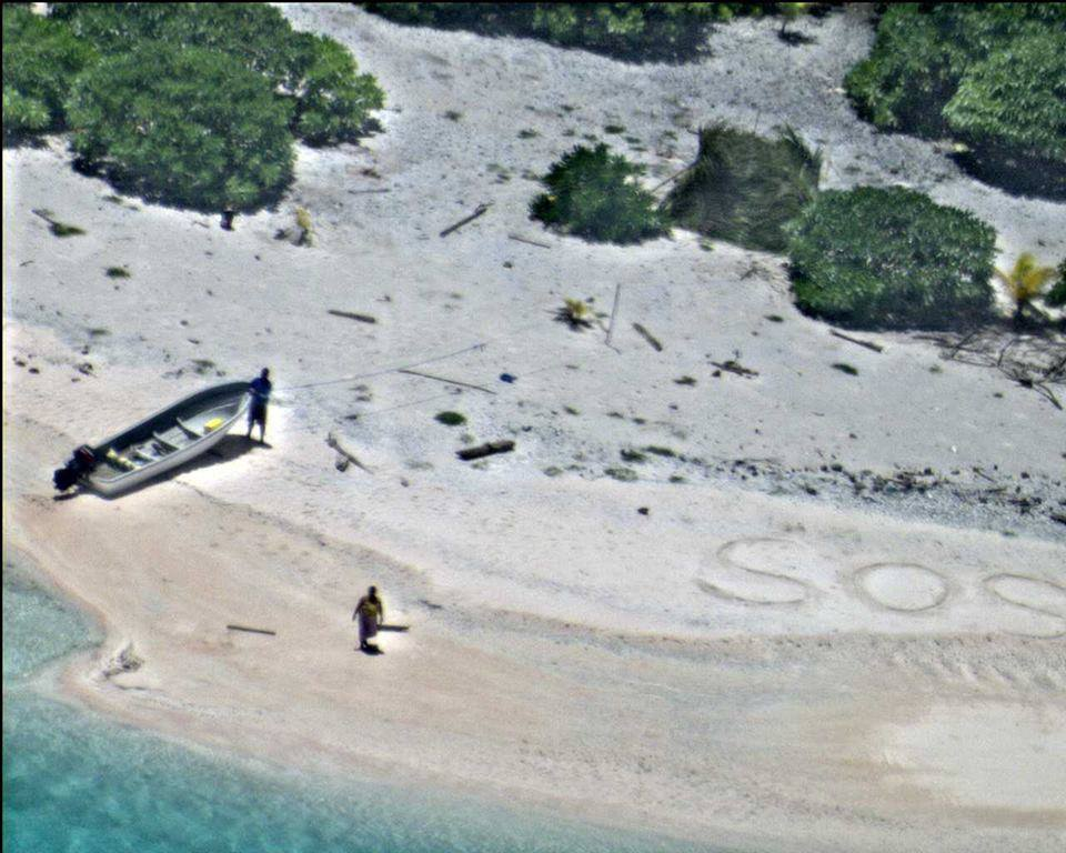 sos1 Sailors Rescued From Remote Desert Island Thanks To Hollywood Style SOS