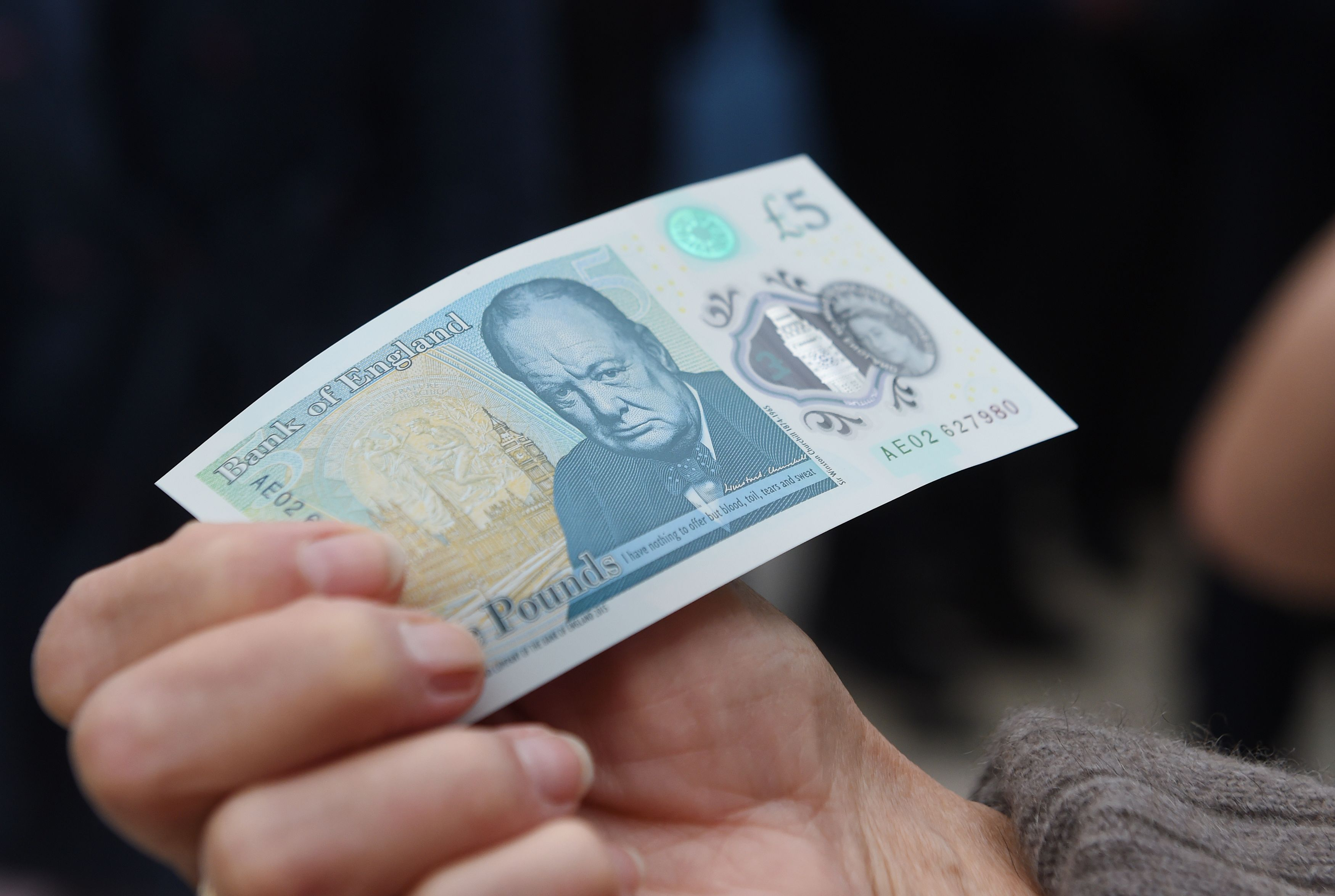 GettyImages 537576940 Heres Everything You Need To Know About The New £5 Note