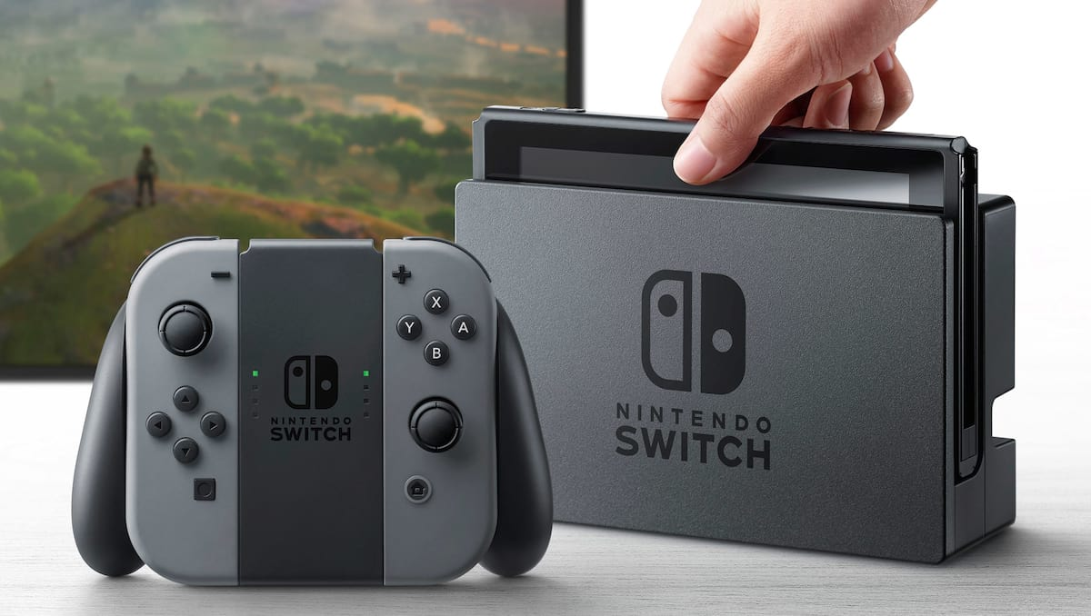 12728UNILAD imageoptim NintendoSwitch hardware.0.0 Nintendo Stocks Plummets After Switch Reveal