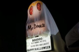 McDonald's Has Sh*ttest Comeback To Burger King's Halloween Troll