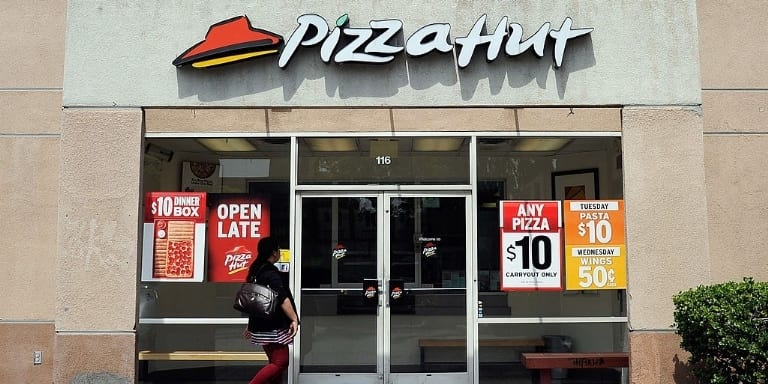 2423UNILAD imageoptim gettyimages 143134303 1476976821 Pizza Hut Are Hiring One Lucky Person To Travel, Party And Eat Pizza
