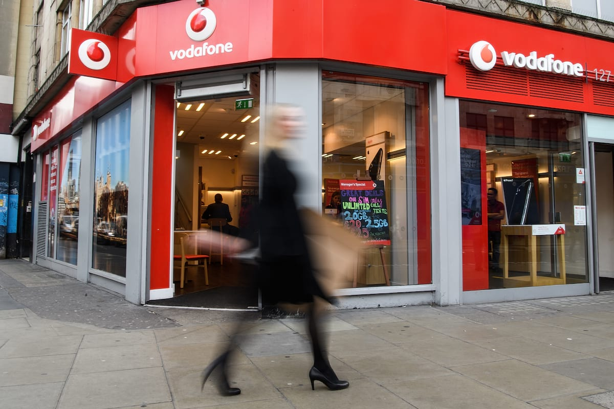 25783UNILAD imageoptim GettyImages 618282190 Vodafone Customers Urged To Check Their Bills For Mistakes After Company Gets Fined £4.6m