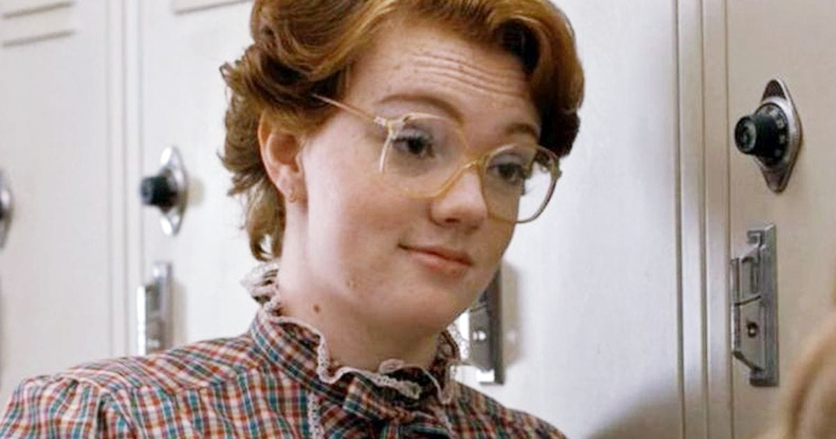 Barb From Stranger Things Looks Very Different Out Of Character 33241UNILAD imageoptim Shannon Purser as Barb in Stranger Things