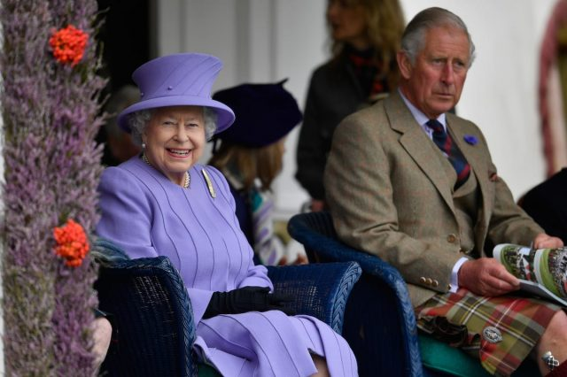 44940UNILAD imageoptim GettyImages 598885708 640x426 Republican Movement Wants Referendum On Royal Family After Queens Death
