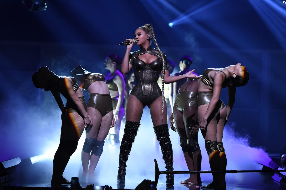 Disturbing Hashtag Emerges After Beyonce Has Bloody Injury On Stage 48156UNILAD imageoptim GettyImages 614921620