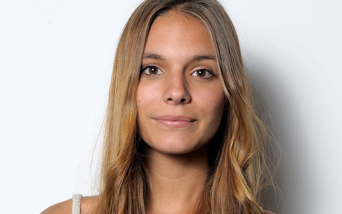 52088UNILAD imageoptim Caitlin Stasey BODY GettyImages 99284520 Neighbours Star Posts Topless Photos As She Goes To War With Instagram