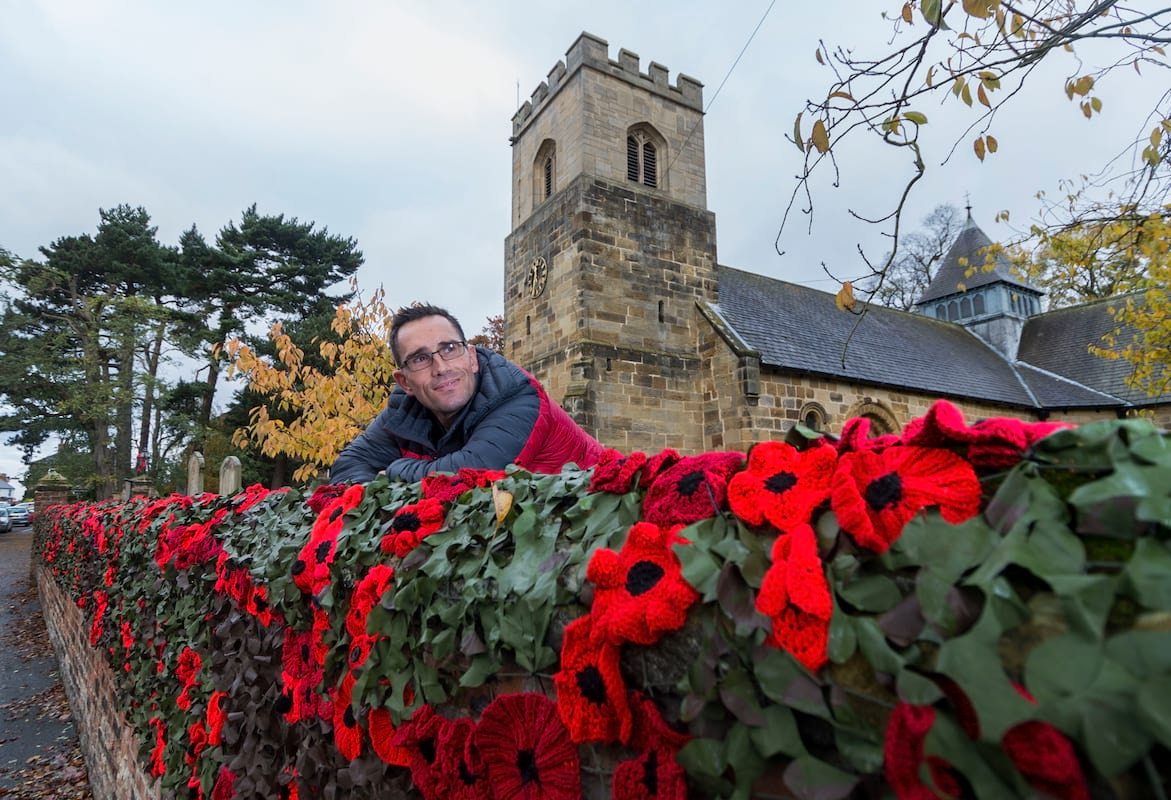 18400UNILAD imageoptim SWNS THIRSK YARNBOMBERS 11 This Is Why We Celebrate Remembrance Sunday