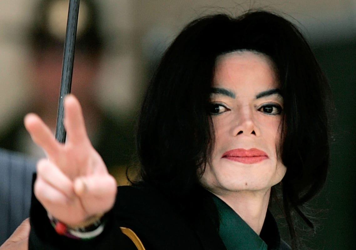 39620UNILAD imageoptim Michael jackson Prince Michael Jackson Reveals Why He Wore Those Masks As A Child
