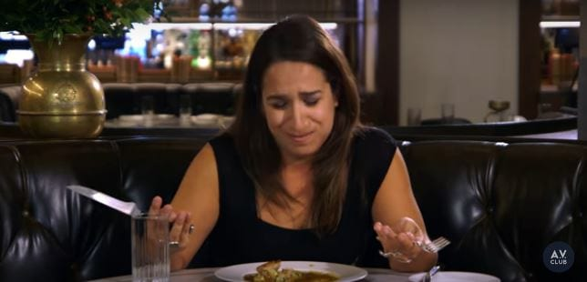 Vegetarian Loses Her Sh*t Eating Meat For First Time In 22 Years 46878UNILAD imageoptim food 2