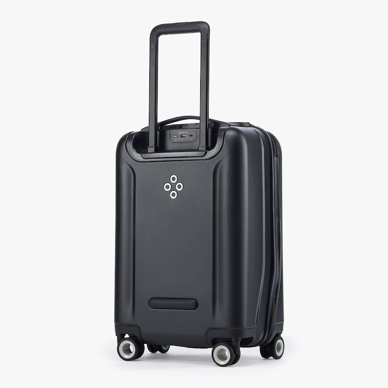 6651UNILAD imageoptim product slider 2 2x 1 Bluesmart Black Edition Suitcase Review: Charge Your Phone On The Go