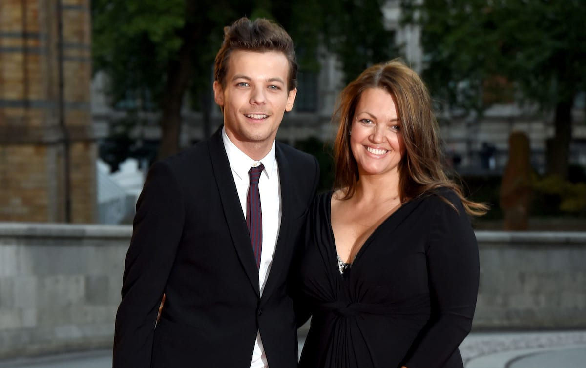 Louis Tomlinsons Mum Posts Heartbreaking Message From Beyond The Grave 26970UNILAD imageoptim johannah deakin top img getty