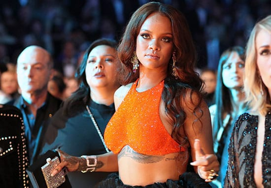 Rihanna Hilariously Caught Giving No F*cks About Not Enjoying The Grammys