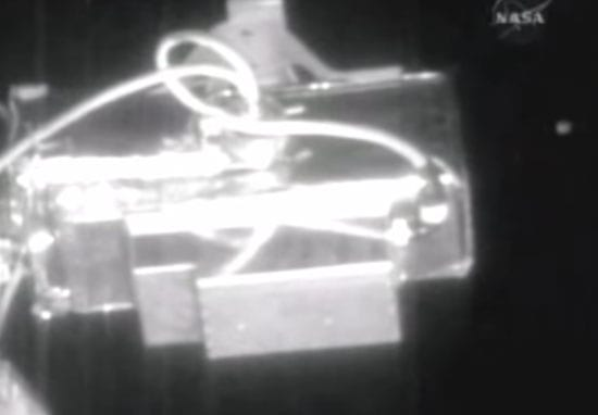 NASA Live Feed Cuts As 'Six UFOs' Fly By International Space Station
