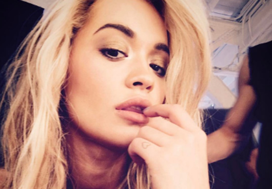 Rita Ora Broke Her Toe And People Lost It At What Her Feet Look Like